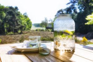 Gartenmöbelmaterialien im Überblick